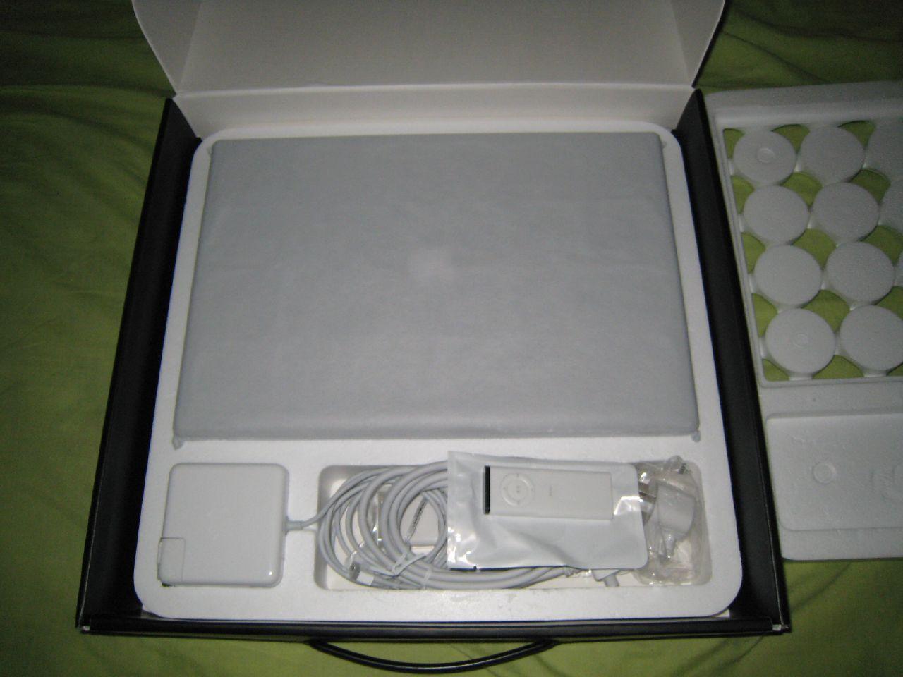 macbook pro open box